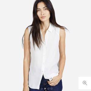 Everlane sleeveless button down blouse - size XS